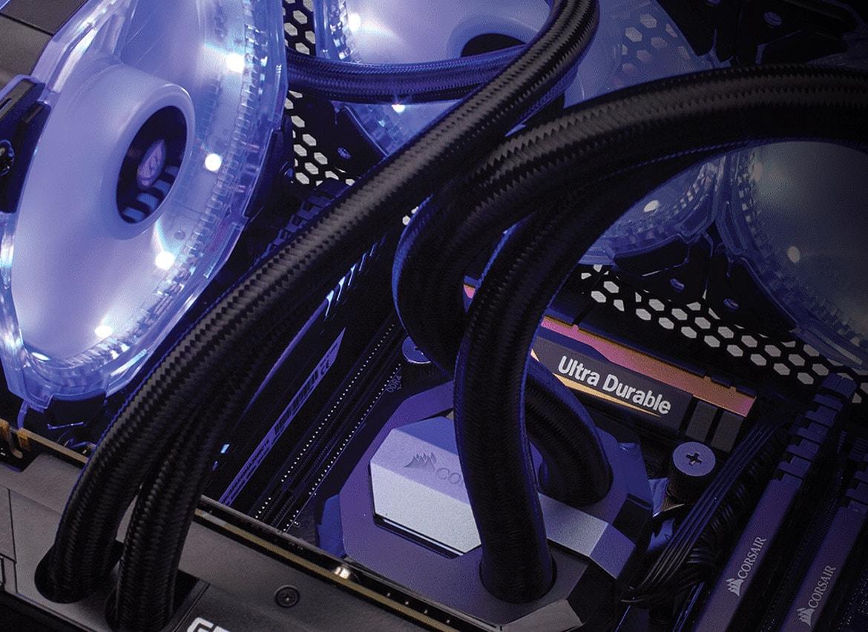 10 zaujímavých herných PC skriniek